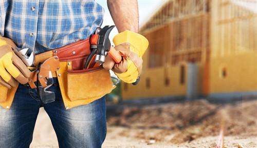 Verkehrssicherungspflicht des Bauunternehmers bei einem Rohbau