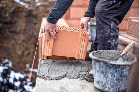 Rechtsansprüche im Nachbarbaurecht - Ist ein Widerspruch gegen Baugenehmigung des Nachbarn möglich?