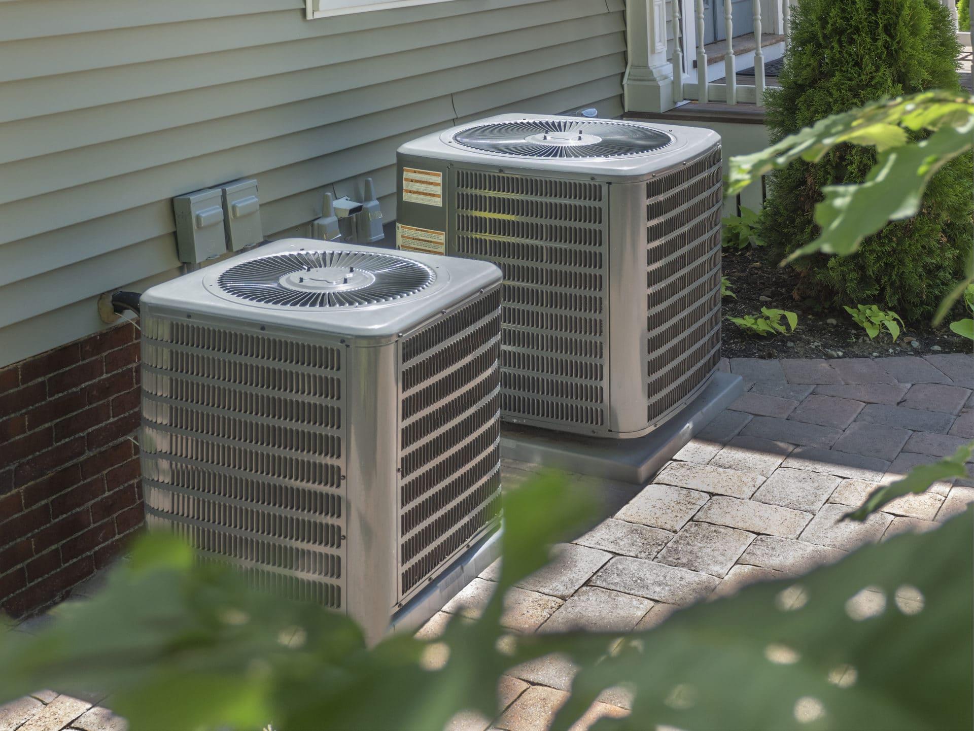 Luftwärmepumpe an Grundstücksgrenze - Kein nachbarlicher Beseitigungsanspruch