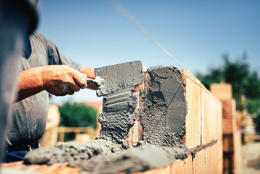 Errichtung einer Mauer an einer Grundstücksgrenze - Unterlassunganspruch