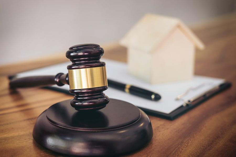 Befugnis des Gerichts zur Aufgabe von Bauteilöffnungen