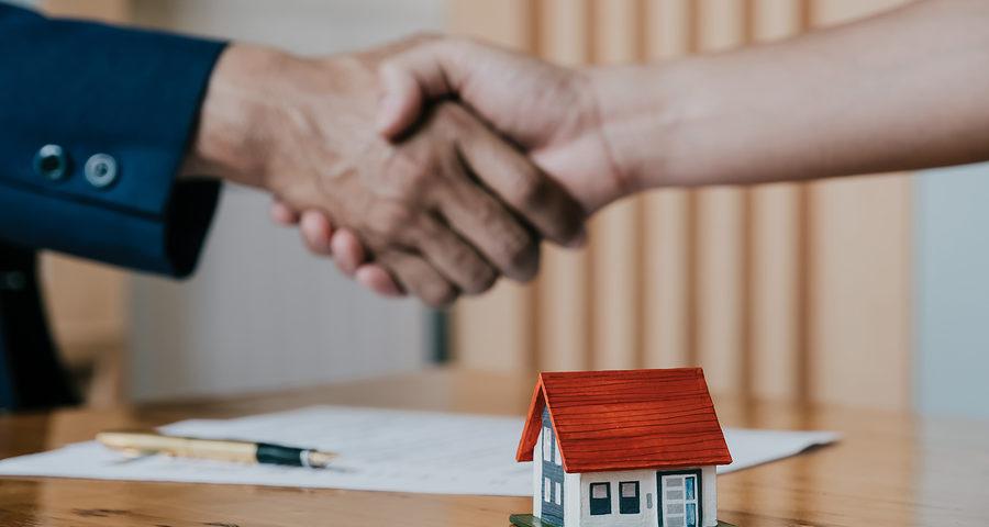 Bauvertrag: Abgrenzung zwischen Dienst- und Werkvertrag