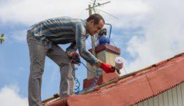 Dachdeckerhaftung - fehlende Funktionstauglichkeit eines regendichten Daches wegen Schimmelbildung im Speicher