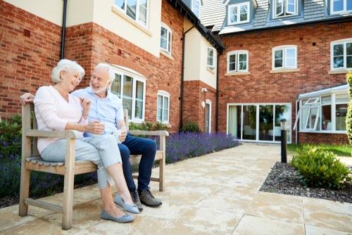 Seniorengerechte Eigentumswohnung muss diese Schwellenfrei sein?