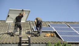 Beschädigung des Dachs bei Montage einer Photovoltaikanlage - Haftung