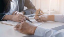 Inhaltskontrolle von Bauklauseln in einem vorformuliertem Bauvertrag